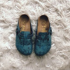 • Birkenstock • Boston Clogs Blue Print 36